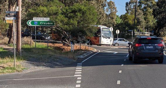 5-ways intersection at Croydion Road/ Ringwood-Warrandyte Road